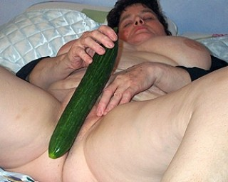 Even the cucumber isnt safe from this chubby housewife